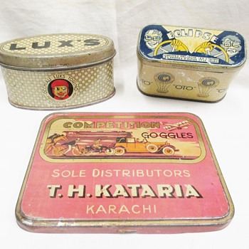 My favorite goggles tins! 1920/1930s