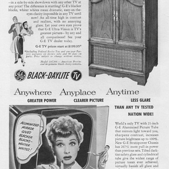 1952 - Gen. Elec. Model 21C206 Console TV Advertisement