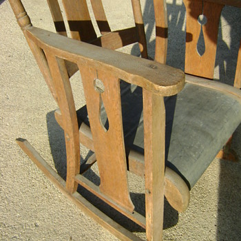 Galvanized Seat? - Furniture