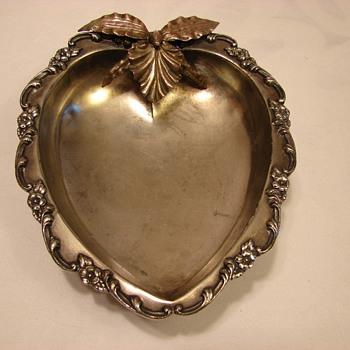 Meriden Quadruple Plate - Sterling Silver