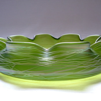 Art Nouveau Kralik Threaded Bowl