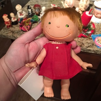 help me identify this doll please