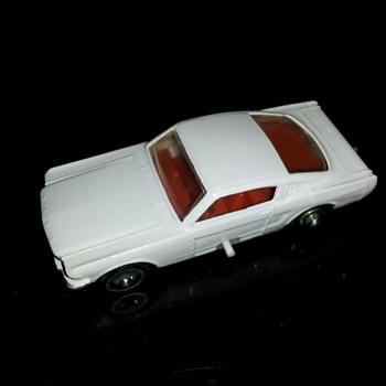 Matchbox No. 8. 1966. E box. Loose No.8 pulling Matchbox 9 Boat/Trailer SF wheels - Model Cars
