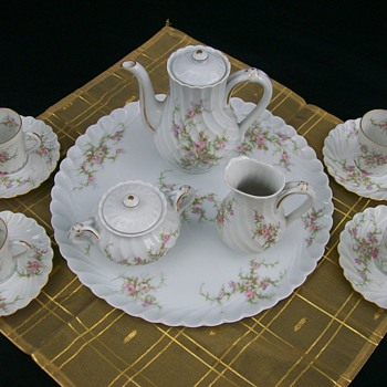 Theodore Haviland Limoges Rosiland Miniature Tea Set