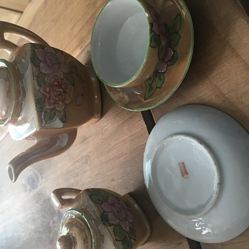 What is the value of this 80+ year old 12pc teaset? - China and Dinnerware