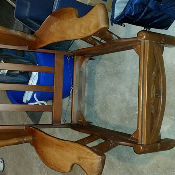 Early Sportsman lodge chair--please identify