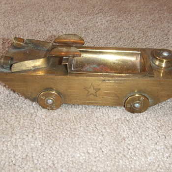 Amphibious Jeep Trench Art ashtray - Military and Wartime
