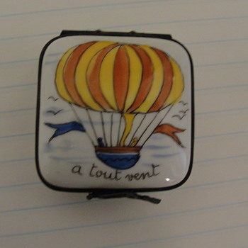 Hot Air Balloon snuff box
