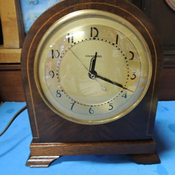 "1940-41 Hammond Art Deco Mantel Clock, ""Chancellor"" - Art Deco"