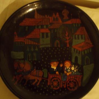 Art Pottery Plate - Pottery