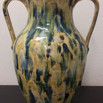 Beautiful Neolia Cole Two Handle Vase