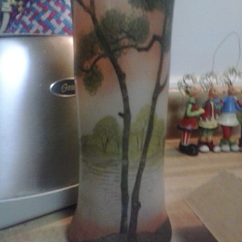 oriental? 1920s work of art.please help me to identify this piece - Art Glass