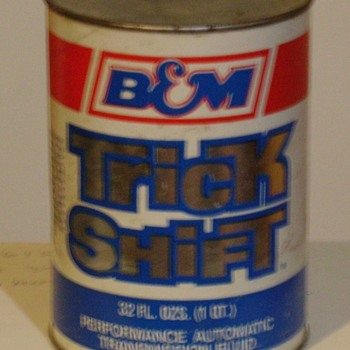 B&M Racing Trick Shift in quart paper can - Petroliana
