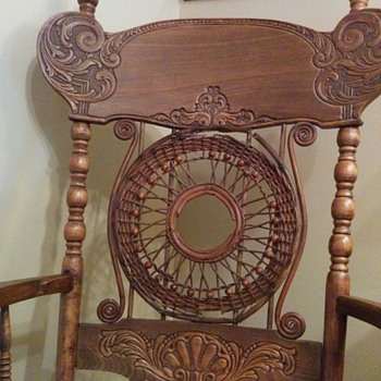 Grandmother's rocking chair - Furniture