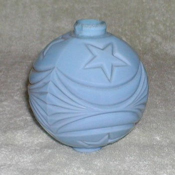 Blue Milk Glass Lightning Rod Ball