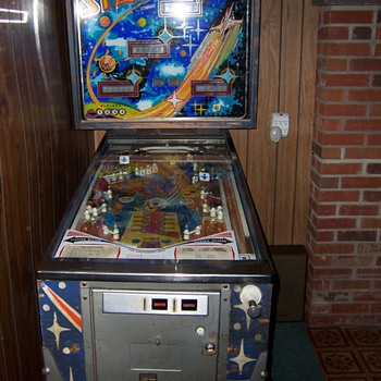 &quot;Stars&quot; Pinball Machine - Coin Operated