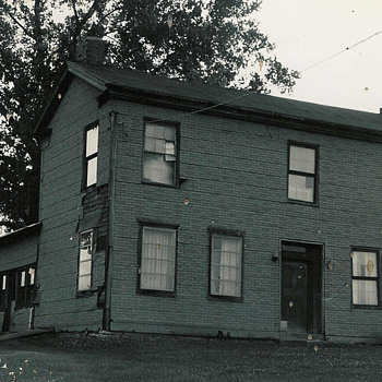 old farmhouse - Photographs