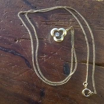 Thrift Shop Find > 14K/585 Brushed Gold & Illusion Diamond Pendant Necklace - Fine Jewelry