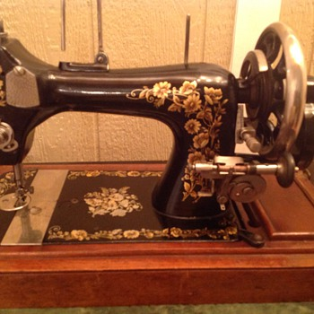 Machine with NoName - Sewing