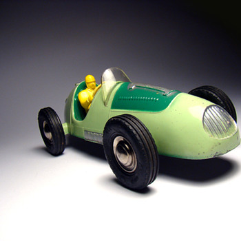 RENWAL #8009 DIECAST INDY STYLE TOY RACE CAR from 1955!