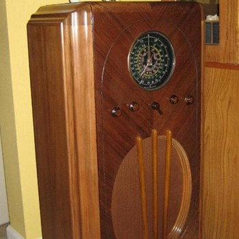 Arvin RHYTHM MASTER 627 circa1936 - Radios