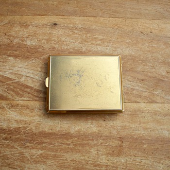 Gold & Silver Colored Cigarette Case w/ 3 Arrows, Diamond Emerald type Adornment