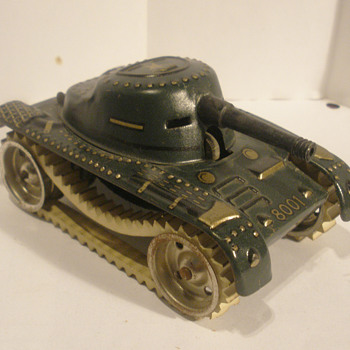 French SFA tank, post WWII. Tin windup.  - Model Cars