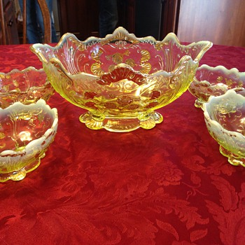 Vasoline dessert set with gold gilding