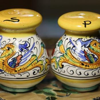 Deruta Salt & Pepper Shakers - Pottery