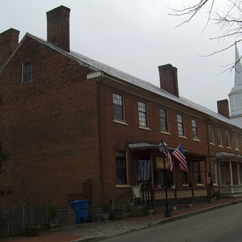 1820 oldest brick structure in TN ( Sisters row)