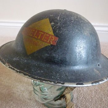 British WWII Wardens steel helmet - Military and Wartime