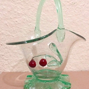 LOETZ BUBBLE BASKET WITH APPLIED CHERRIES - Art Glass