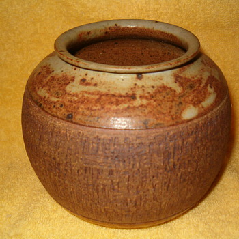 Michael Cardew Pottery Pot - Art Pottery