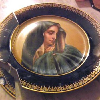 Limoge Plate  Mater Dolorosa