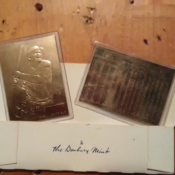 Babe Ruth gold foil cards