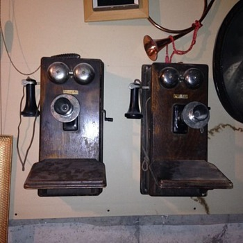 Antique telephones - Telephones