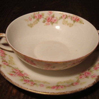 Bawo and Dotter Elite Works Limoges Porcelain Consommé Cup With Roses - China and Dinnerware