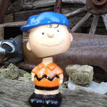 Vintage Charlie Brown Bobblehead - Toys