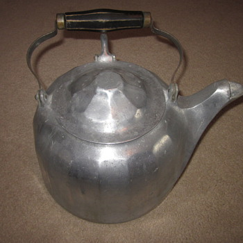 Wagner Ware Tea Kettle Dated 1902
