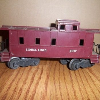 Lionel Trains Collection- Caboose #6017 - Model Trains