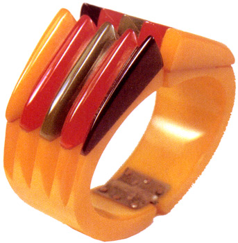 "Bracelet, hinged bangle, Bakelite, c. 1935-45, ""Philadelphia"" style"