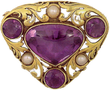 "Brooch/pin, amethysts, yg, pearls, c. 1910-20, AM, rounded inverted triangle, saw-pierced foliate scrolls enclosing a lg central bezel-set buff-top amethyst of conforming shape, a cir-cut amethyst bezel-set in each corner, and bezel-set round pearl on each side, appl rect plaque on rev mkd ""F.G. Hale"" for Frank Gardiner Hale, Boston, MA"