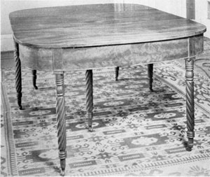 Dining Table by Amos Darlington, Jr.: The turnings of this table, in two parts, match those of the Lafayette bed, made in 1822 by the same craftsman.