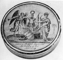 "Glory to The American Arms: The symbolic design of this snuff box lid bears the added wording, ""America Shows to the World the Trophy of Her Victories."""