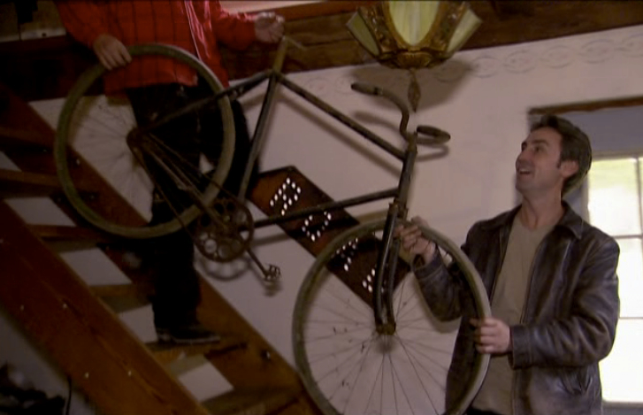 Mike found this rare Orient bicycle from the turn of the century in a guy's attic.