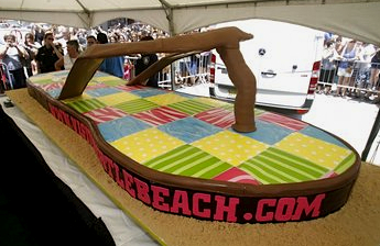 """In 2010, Buddy Valastro, TV's """"Cake Boss,"""" baked and frosted a cake in the shape of a Vineyard Vines flip-flop."""
