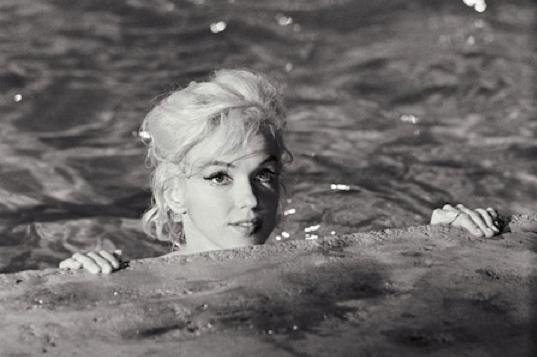 Marilyn nude Nude Photos 51