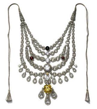 This Cartier necklace was created in 1928 for Sir Bhupindra Singh, Maharaja of Patiala.