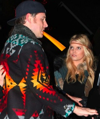 "Jessica Simpson and fiance Eric Johnson sport the ""native look."" Via UpscaleHype.com"