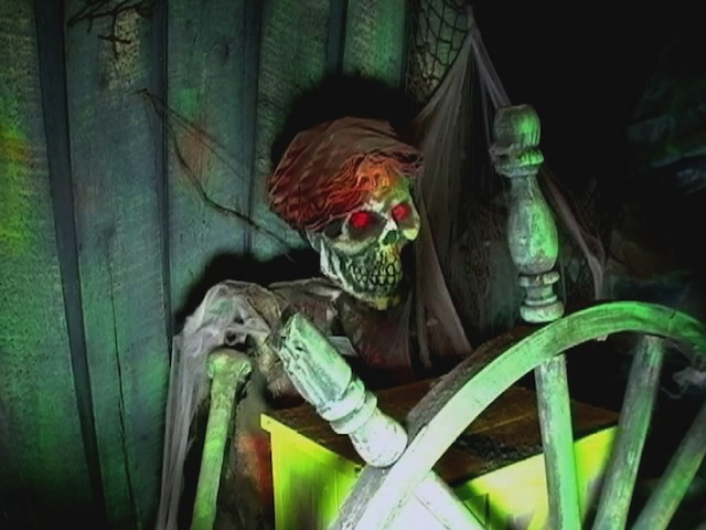 A skeleton mans a ship's wheel in the 1972 Bill Tracy walk-through attraction Pirate's Cove in Waldameer Park in Erie, Pennsylvania. (Courtesy of LaffintheDark.com)